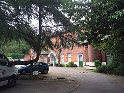 Chapel allerton hall