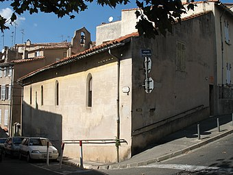 Chapel of Grey Penitents Aubagne (westward).jpg