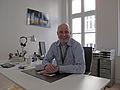 Chapters meeting 2011 in Berlin, Pavel Richter smille for Wikimedians in WMDE office.JPG