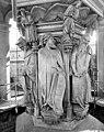 Chartreuse de Champmol (ancienne) - Puits de Moïse - Daniel et Isaïe - Dijon - Médiathèque de l'architecture et du patrimoine - APMH00020843.jpg