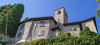 Chiesa di San Bartolomeo a Salò sul Garda lato sud.jpg