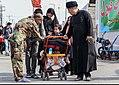 Children in Arbaeen Walk 024.jpg