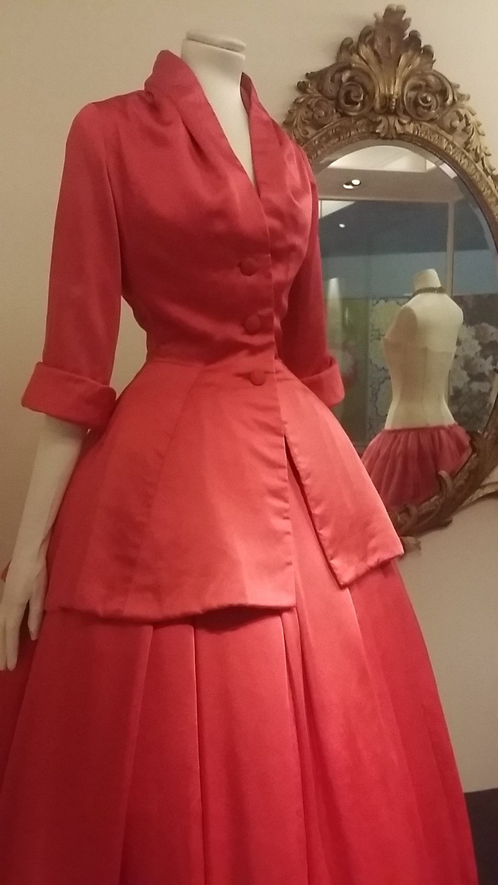 Christian Dior evening gown called %22Z%C3%A9mire%22, Fall-Winter 1954 05