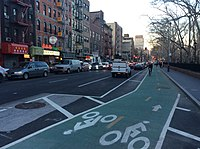 Chrystie bike lane at Hester St Mar 2017.jpg