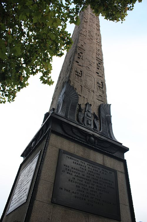 Cleopatra's Needle and the plaque to Erasmus Wilson at its base.JPG