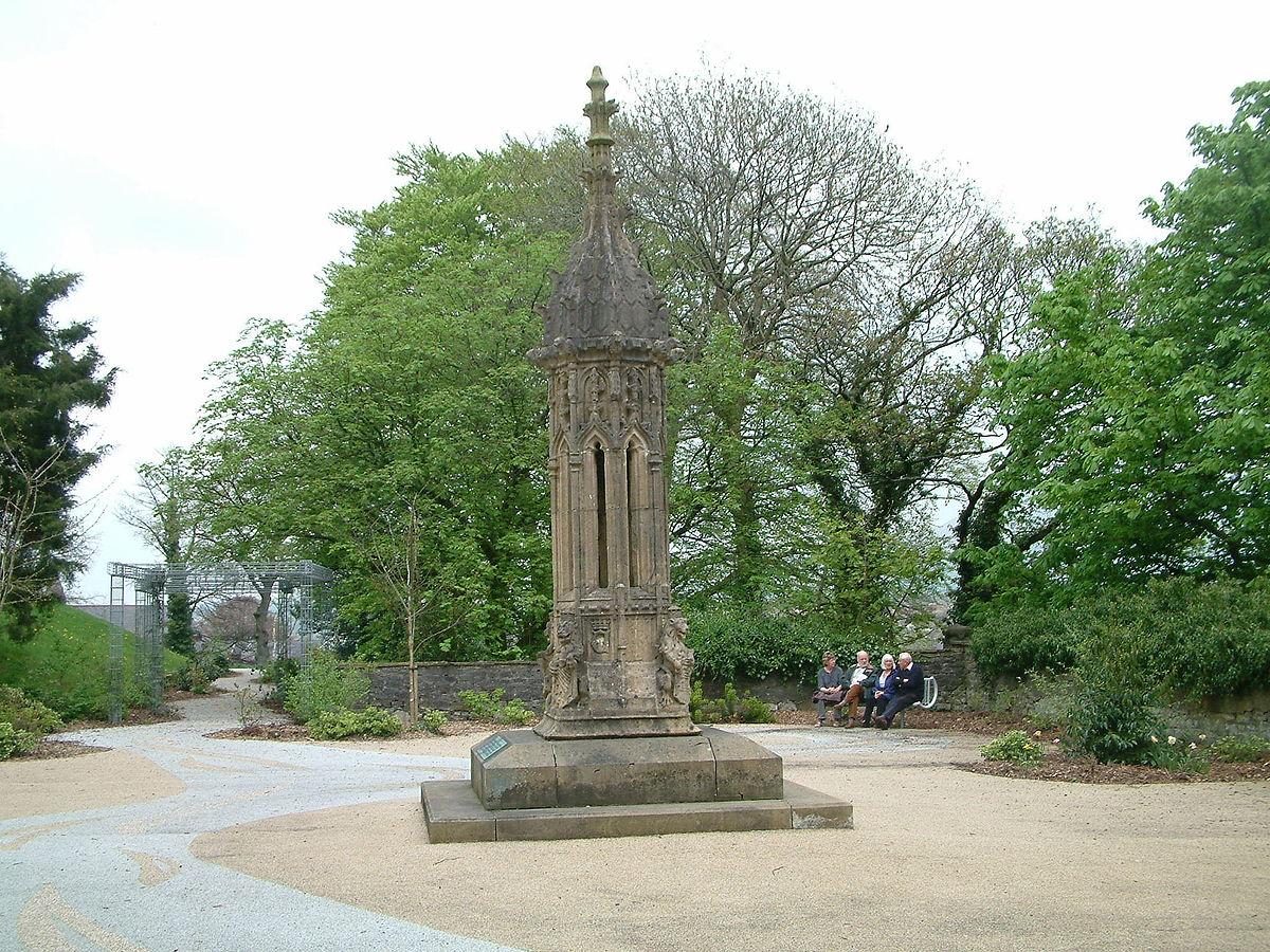 Clitheroe Park.jpg