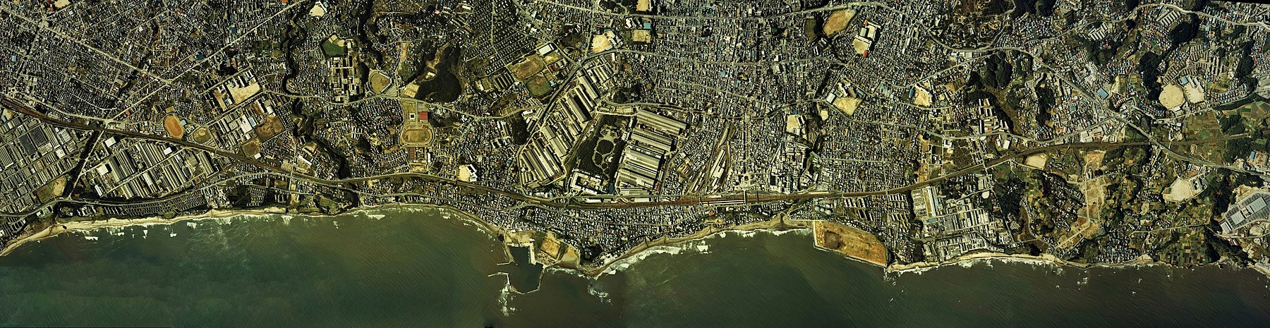 Coastline of Hitachi city center area Aerial photograph.1980.jpg