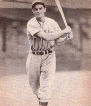Cookie Lavagetto - Image: Cookie Lavagetto 1940 Play Ball card