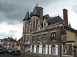 Corbie mairie (façade ouest).jpg