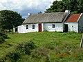 Cottage Near Culdaff - panoramio.jpg