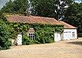 Cottage adjoining Mannington Hall - geograph.org.uk - 878974.jpg