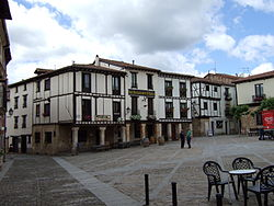 Covarrubias - Plaza Mayor.jpg