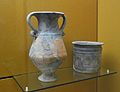 Crater i kalathos, ceràmica de taula, los Villares (Kelin), museu de Prehistòria de València.JPG