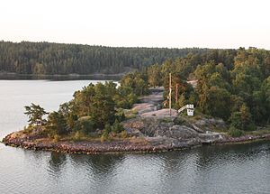 Cruisship route near Stockholm Harbour 171.   JPG
