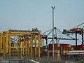 Déplacement de containers au port.jpg
