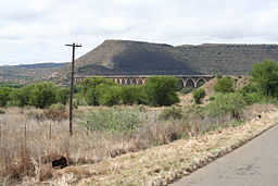 DH Steyn Bridge near Bethulie.JPG