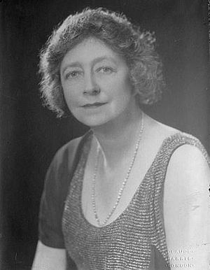 Whitty, Dame May (1865-1948)