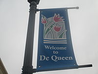 De Queen, AR welcome sign IMG 8554.JPG