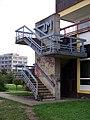 Depo Hostivař, Kostka, schodiště.jpg