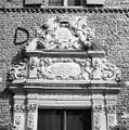 Detail ingangspartij hoofdgebouw - 's-Heerenberg - 20105768 - RCE.jpg