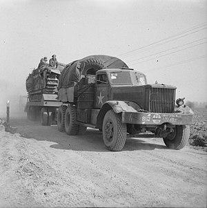 M19 Tank Transporter - Image: Diamond T Model 980 tractor