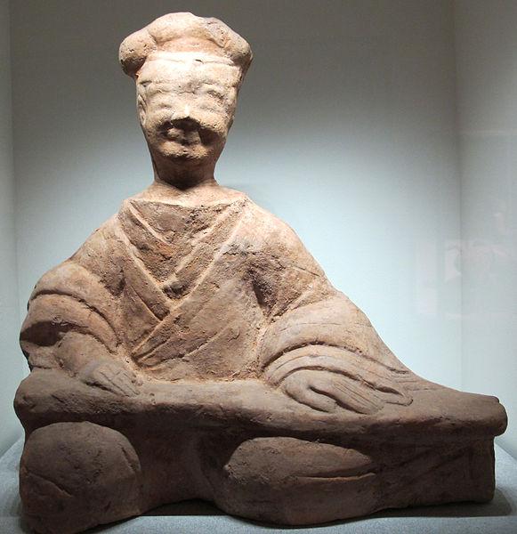 File:Dinastia han posteriore, citaredo, sichuan, I-III sec.JPG