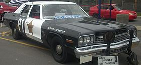 Dodge Monaco Blues Brothers (Rassemblement Mopar Valleyfield '10).jpg