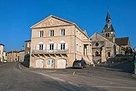 Dommartin-le-Saint-Père, mairie, église.jpg