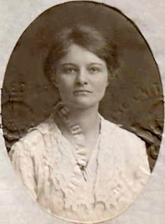 Dorothy Shakespear - Passport photo of Dorothy Shakespear, July 1919