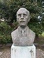 Dr. Zimmermann Ágoston szobra (Madarassy Walter, 1985), 2017 Mór.jpg