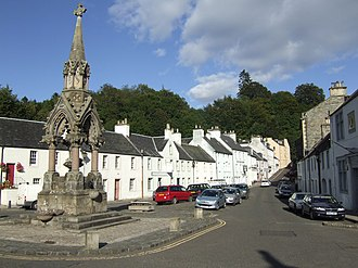 Dunkeld and Birnam - Image: Dunkeld Market Place and Fountain geograph.org.uk 633061