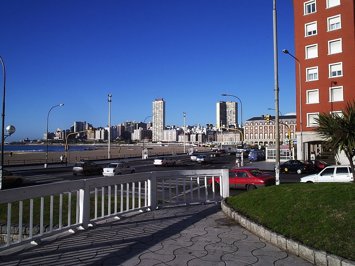 mar del plata girls Mar del plata: popular spots the beaches of mar del plata vary widely in atmosphere and the type of beachgoer they attract playa varese is popular for its protected swimming area, with a rocky headland keeping the waters calm.