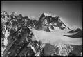 ETH-BIB-Mont Blanc, Mer de Glace, Grandes Jorasses-LBS H1-011439.tif