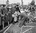 Eerste spade woningbouw Culemborg, Bestanddeelnr 904-7420.jpg