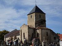 Eglise Saint-Marien de Target, vue sur l'abside, le transept sud et le clocher.jpg