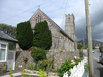 Trefor - Image: Eglwys Sant Sior, Trefor (geograph 4622508)