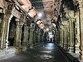 Ekambareswarar Temple Kanchipuram Tamil Nadu - Mandapam with pillars.jpg
