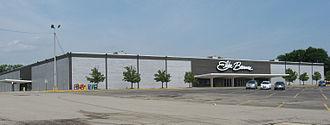 Elder-Beerman - Former Elder-Beerman location in Centerville, Ohio. Demolished in 2011 for a Kroger Marketplace.