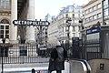 Entrée Métro Bourse Paris 2.jpg