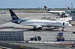 Eos airlines 757 (1235716049).jpg