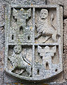 Escudo na igrexa de San Domingos de Ribadavia- Galiza.jpg