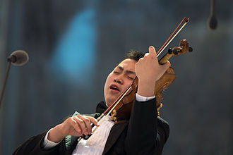 Yehudi Menuhin International Competition for Young Violinists - Ziyu He, Senior First Prize winner in 2016.