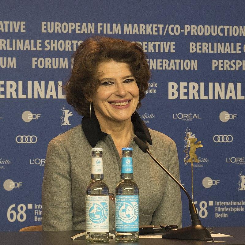 Fanny Ardant à une conférence de presse en 2018. | Photo : Wikimedia