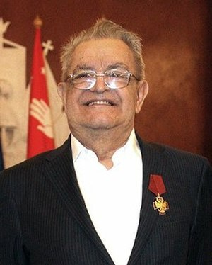 Fazil Iskander - Iskander being awarded the Order of Merit for the Fatherland, 2010