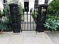 Forecourt railings to 1-8 St Andrew's Place, London 3.jpg