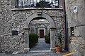 Forenza Porticato con archi nel centro storico.jpg