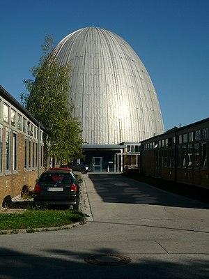 Der FRM mit seiner charakteristischen Kuppel