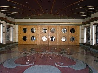 Fox Theatre (Redwood City, California) - Image: Fox Theatre, Redwood City entrance