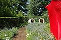France Loir-et-Cher Festival jardins Chaumont-sur-Loire 2006 17 Jeu de role dans la prairie 01.JPG