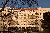 Franz Silberer Hof Wien Kardinal Nagel Platz DSC 7219w.jpg